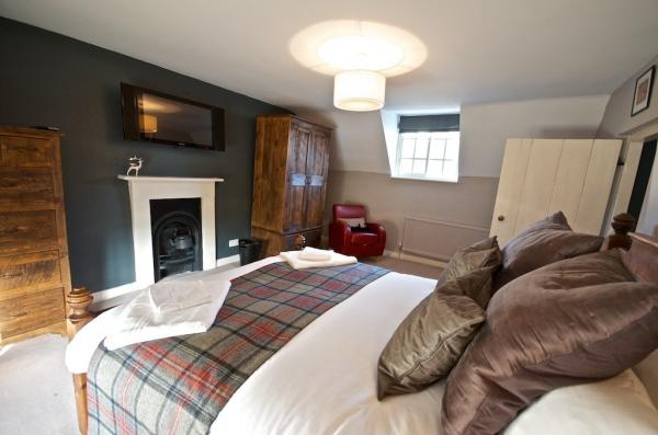 Yew tree cottage bedroom